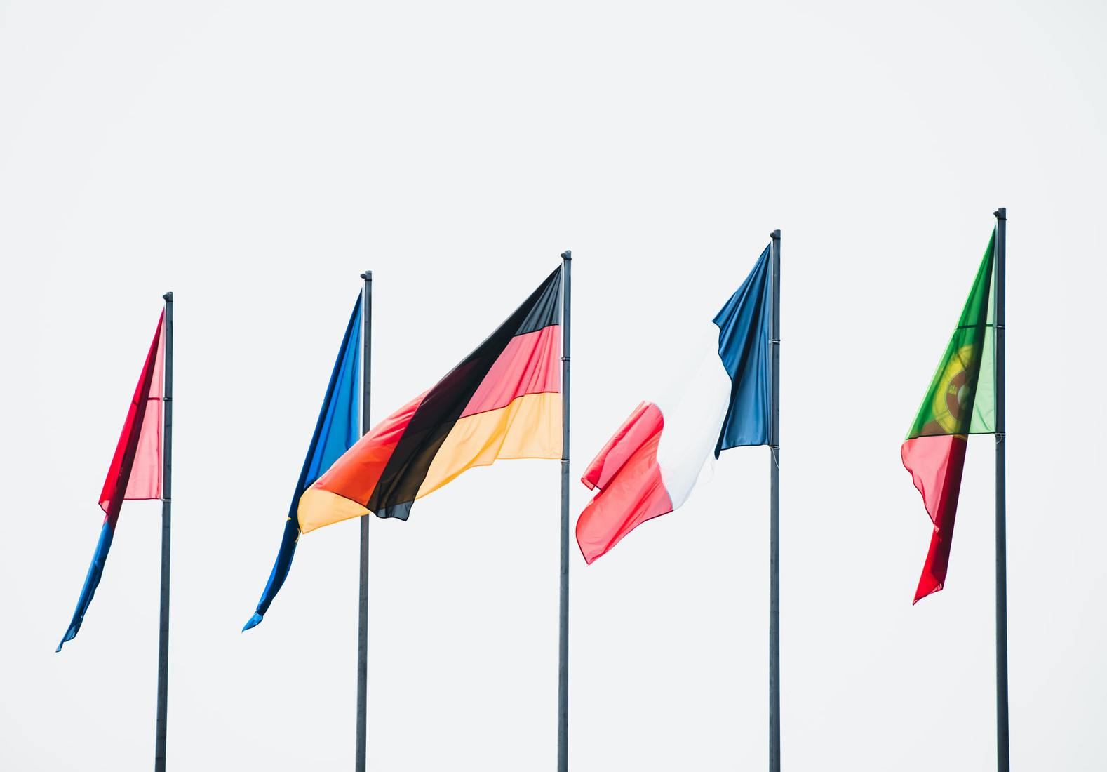 5 country flags